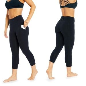 Marika Tummy-Control High-Waist Crop Leggings